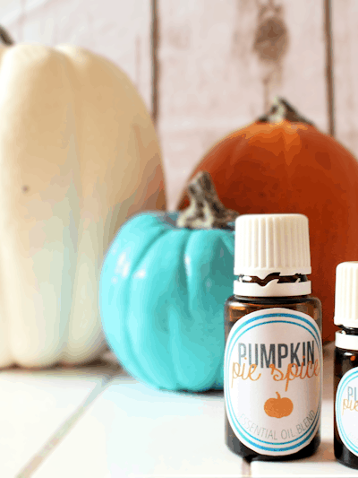 Pumpkin Pie Spice Essential Oil Blend–Plus Free Printable Bottle Labels