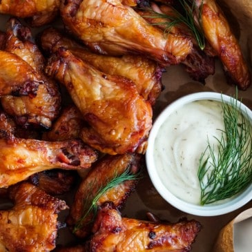 DILL PICKLE SMOKED CHICKEN WINGS