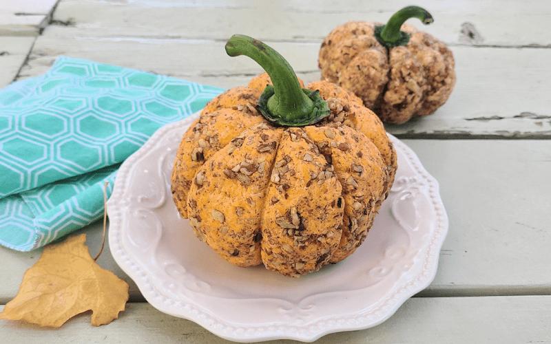 Pumpkin Pie Cheddar Cheese Ball